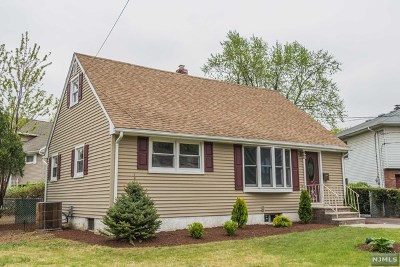 Clifton Single Family Home For Sale: 14 Dianne Court