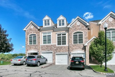 Montvale Condo/Townhouse For Sale: 50a Forshee Circle