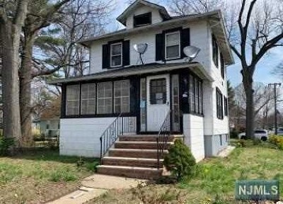 Teaneck Single Family Home For Sale: 1699 Teaneck Road