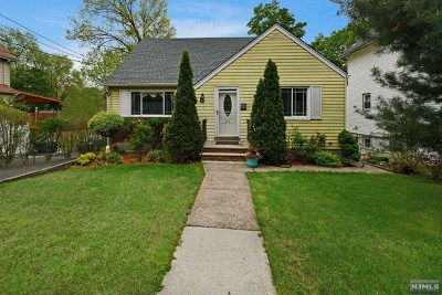Englewood Single Family Home For Sale: 247 Waldo Place