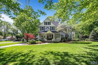 Park Ridge Single Family Home For Sale: 57 Highview Avenue