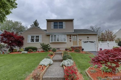 Fair Lawn Single Family Home For Sale: 0-05 Yost Place