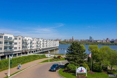 Edgewater Condo/Townhouse For Sale: 106 The Promenade