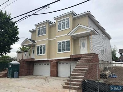 Carlstadt Condo/Townhouse For Sale: 497 Broad Street