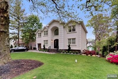 Paramus NJ Single Family Home For Sale: $1,295,580