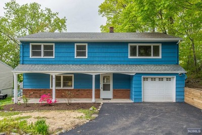 Wanaque Single Family Home For Sale: 15 Shepherd Drive