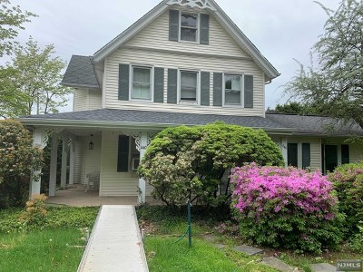 Closter Single Family Home For Sale: 547 Homans Avenue