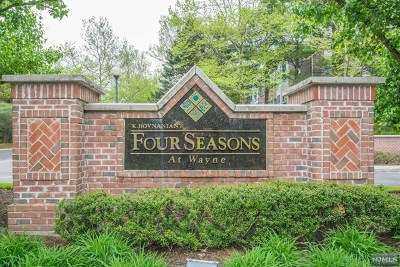 Wayne Condo/Townhouse For Sale: 411 Four Seasons Drive #411