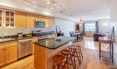 Hudson County Condo/Townhouse For Sale: 717 Madison Street #5s