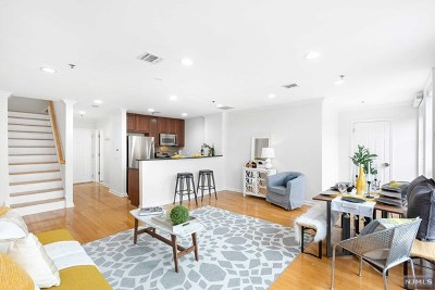 Hudson County Condo/Townhouse For Sale: 659 1st Street #508