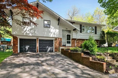 Teaneck Single Family Home For Sale: 1781 Lilbet Road
