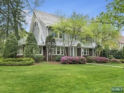 Ridgewood Single Family Home For Sale: 828 Morningside Road