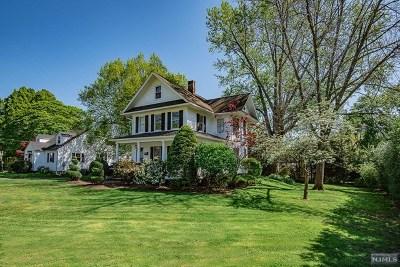 Midland Park Single Family Home For Sale: 12 Mulder Lane