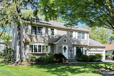 Paramus Single Family Home For Sale: 763 Galda Road