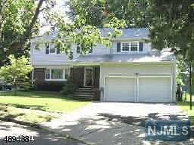 Clifton Single Family Home For Sale: 130 Sycamore Road