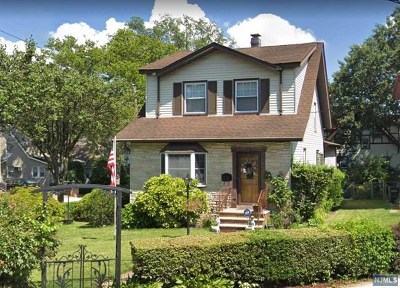 Ridgefield Single Family Home For Sale: 708 Prospect Avenue