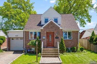Ridgefield Single Family Home For Sale: 762 Morningside Lane