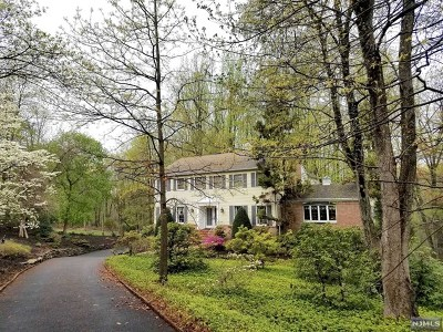 Montvale Single Family Home For Sale: 181 Upper Saddle River Road