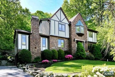 Ringwood Single Family Home For Sale: 98 Cheshire Lane