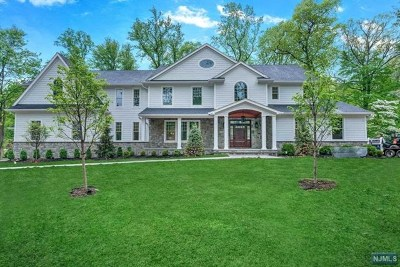 Wyckoff Single Family Home For Sale: 171 Nancy Lane