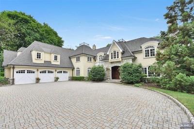 Franklin Lakes Single Family Home For Sale: 183 Woodside Avenue