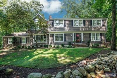 Mahwah Single Family Home For Sale: 35 Appert Terrace