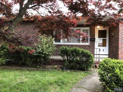 Elmwood Park Single Family Home For Sale: 13 Parkview Avenue