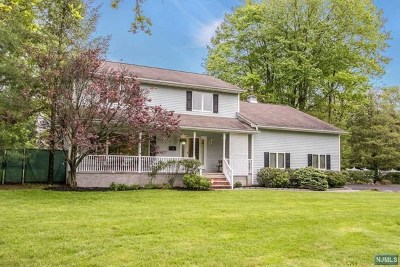 Waldwick Single Family Home For Sale: 1 Pine Street