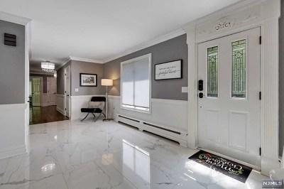 Montvale Single Family Home For Sale: 37 Partridge Run