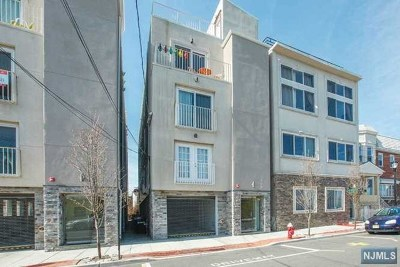 Hudson County Condo/Townhouse For Sale: 151 20th Street #C