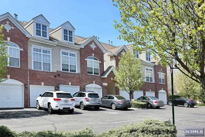 Clifton Condo/Townhouse For Sale: 106 Rock Creek Drive