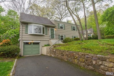 Denville Township Single Family Home For Sale: 11 Watchtower Road