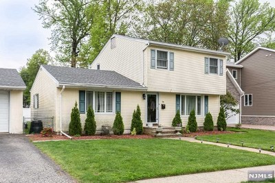 Cresskill Single Family Home For Sale: 56 Merritt Avenue