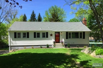 West Milford Single Family Home For Sale: 18 Sweetman Lane