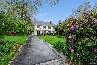 Essex County Single Family Home For Sale: 25 Highland Avenue