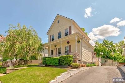 Dumont Single Family Home For Sale: 61 Dumont Avenue