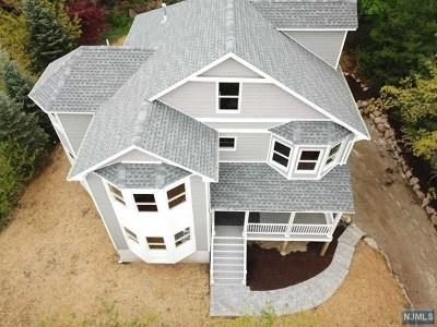 Morris County Single Family Home For Sale: 319 Morris Avenue