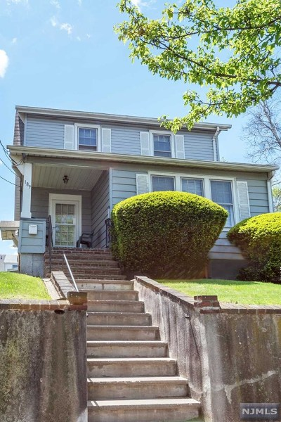 Clifton Single Family Home For Sale: 189 Trimble Avenue
