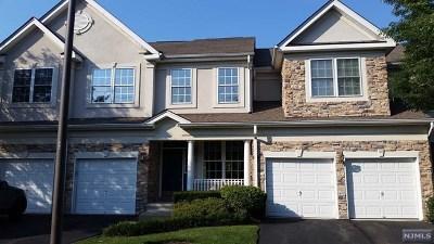 Wayne Condo/Townhouse For Sale: 105 Levinberg Lane