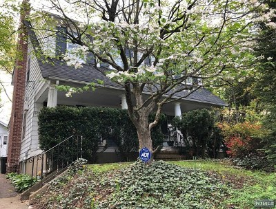 Essex County Single Family Home For Sale: 574 Grove Street