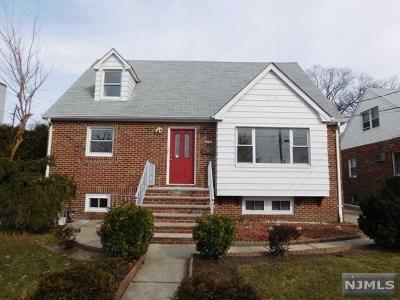 Fort Lee Single Family Home For Sale: 279 Plateau Avenue