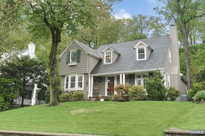Essex County Single Family Home For Sale: 580 Highland Avenue