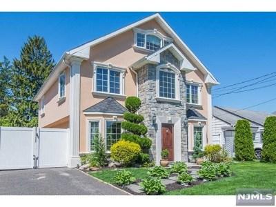 Rochelle Park Single Family Home For Sale: 37 Hahn Avenue