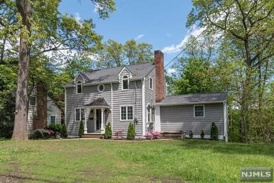 Wayne Single Family Home For Sale: 166 Beechwood Drive