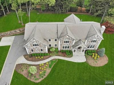 Upper Saddle River Single Family Home For Sale: 20 Lilline Lane