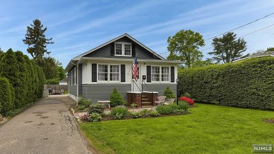 Morris County Single Family Home For Sale: 15 Cooper Road