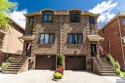 Cliffside Park Condo/Townhouse For Sale: 61 Crescent Avenue