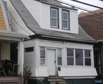 Essex County Single Family Home For Sale: 71 Coit Street