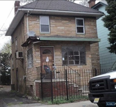 Essex County Single Family Home For Sale: 11 Paine Avenue