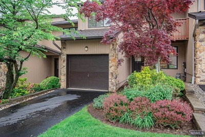 Woodland Park Condo/Townhouse For Sale: 7 Wedgewood Drive
